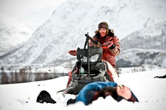 Vegard fährt dicke Geschütze auf (Foto: Splendid Entertainment)