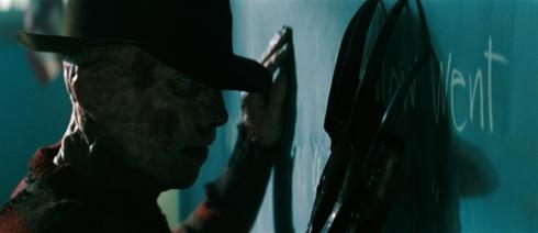 Jackie Earle Haley ist der neue Freddy Krueger - und er verzählt sich nie (Foto: Warner Bros)