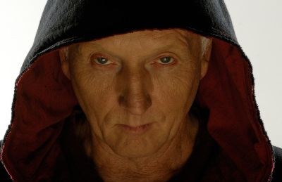 Jigsaw (Tobin Bell) kann sehr mysteriös gucken (Foto: Kinowelt)