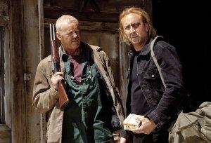Milton (Nicolas Cage) bereit sich auf das Finale vor (Foto: Warner Home Video)