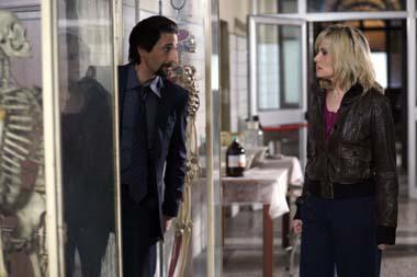 Fette Action mit Adrien Brody und Emanuelle Seigner (Foto: Sony Pictures)