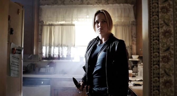 Annie (Caity Lotz) ist nicht allein zu Haus (Foto: Ascot Elite)