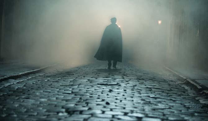 Ist dieser Schattenmann der dämonische Killer? (Foto: Universum Film)
