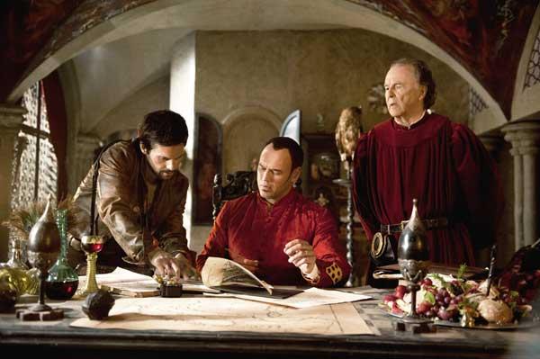 Leonardo (links) gibt mal wieder den Klugscheißer. Lorenzo Medici (Mitte) kann da nur staunen (Foto: Concorde Home Entertainment)
