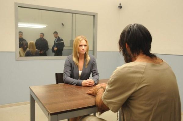 Kate mit einem stillen Talan im Verhörzimmer (Foto: Ascot Elite)