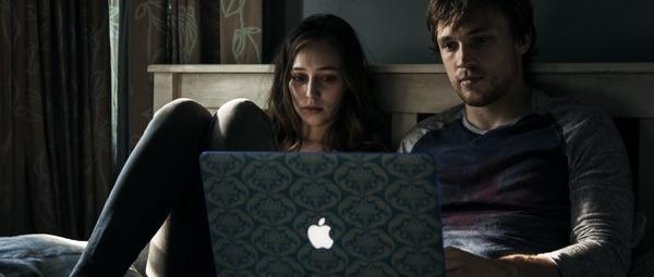Laura und ihre Freund mögen Äpfel (Foto: Warner Bros)