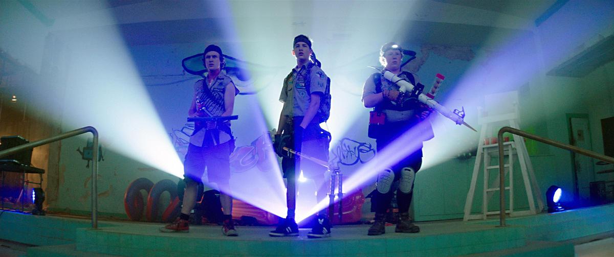 Carter, Ben und Augie zeigen den Untoten, was ne Harke ist (Foto: Paramount Pictures)