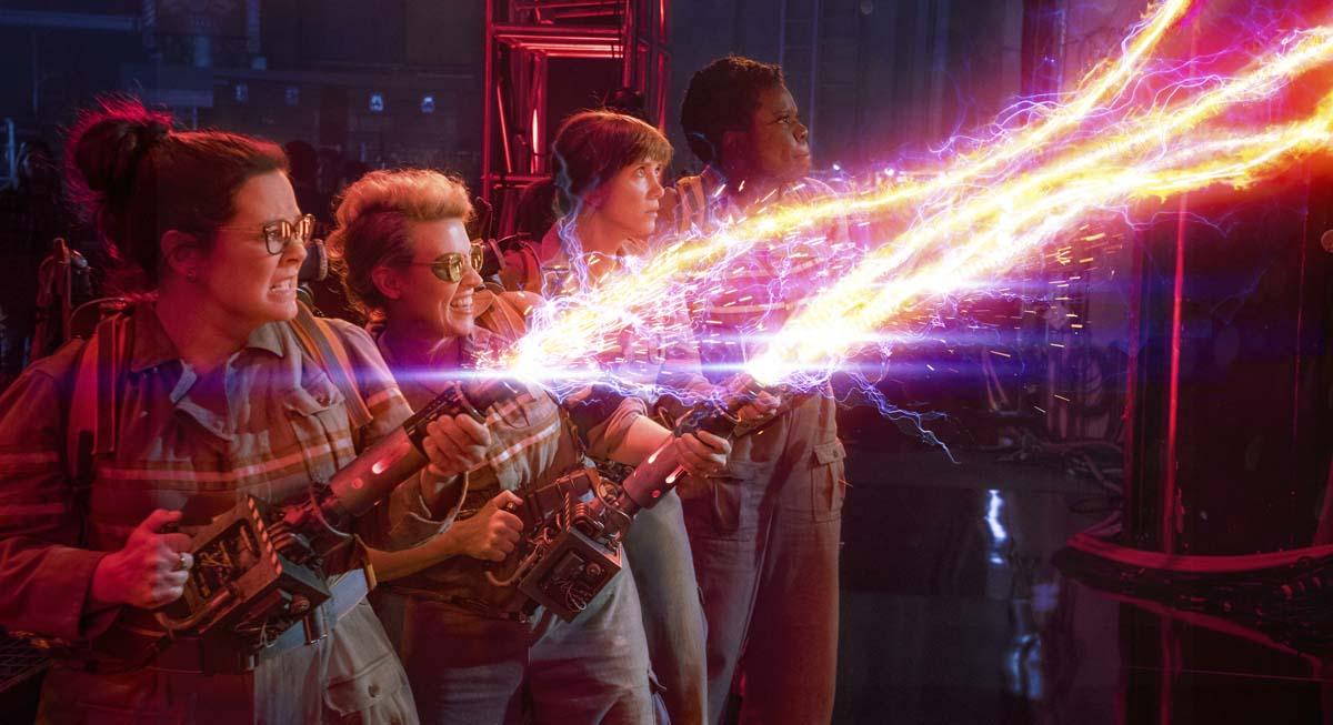 Die neuen Geisterjäger bei der Arbeit (Foto: Sony Pictures)