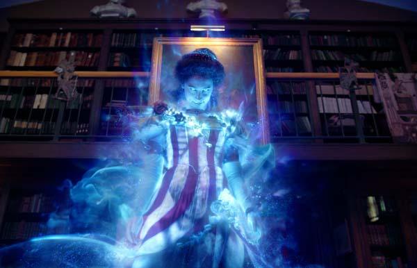 Geist Gertrude ist mal wieder ziemlich blau (Foto: Sony Pictures)