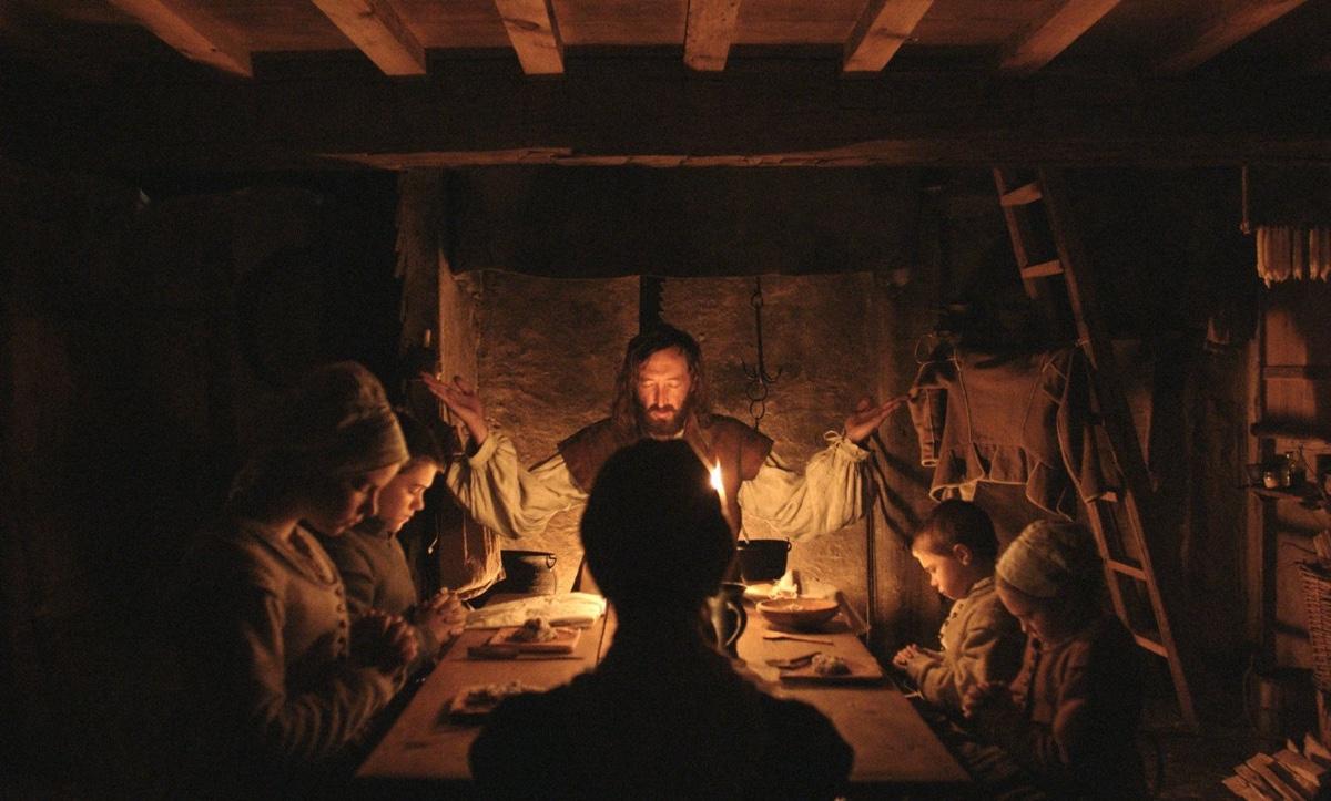 Beim Abendessen (Foto: Universal Pictures)
