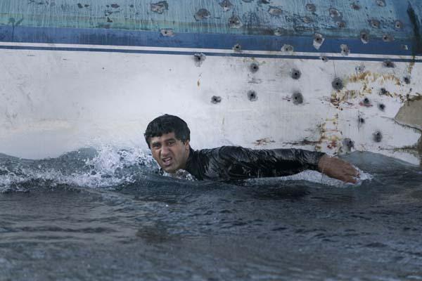 Der Schein trügt: Auch diese Staffel der Serie geht nicht baden (Foto: Splendid Film)