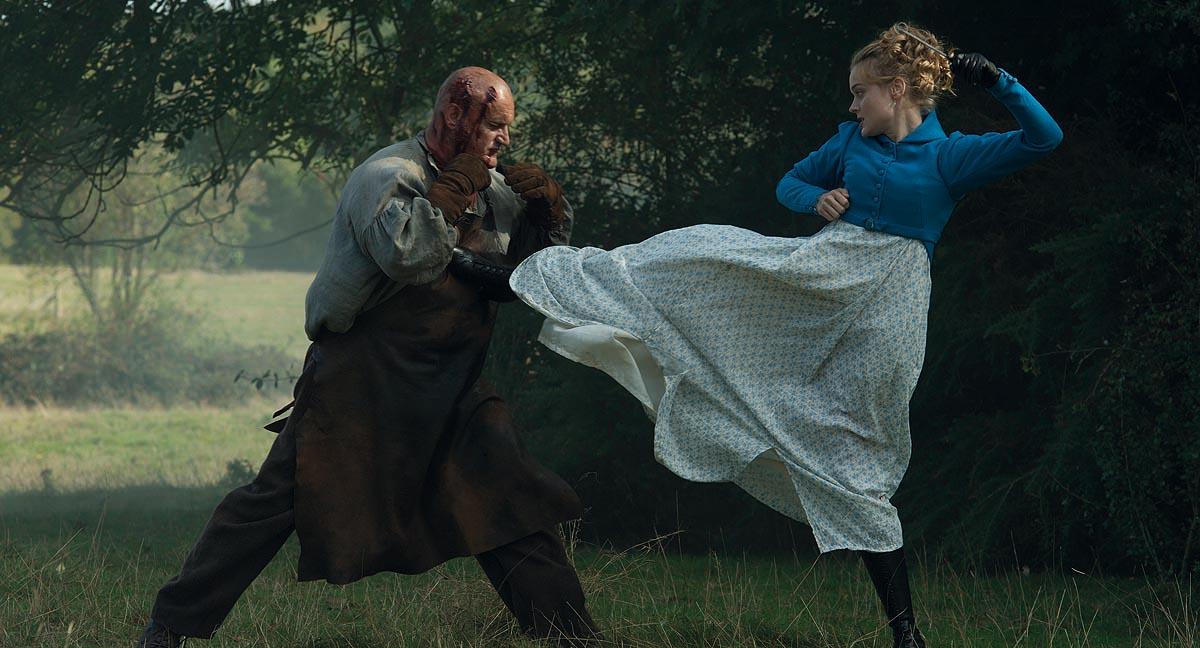 Hier gibt's was mit dem Stiefel: Jane weiß sich zu wehren (Foto: ©SquareOne Entertainment/Universum Film)