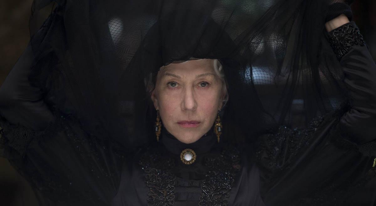 Lüftet den Schleier: Helen Mirren als Witwe Sarah Winchester (Foto: Splendid Film)