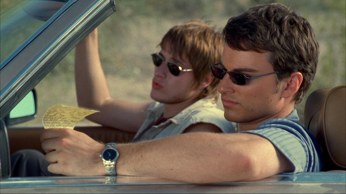 Männer, die im Auto sitzen. (Sony Pictures Germany)