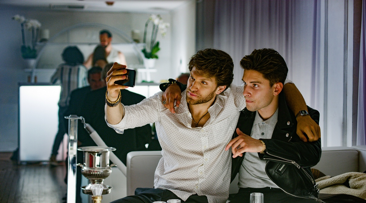 Selfie-Time In Da Club. (Foto: Capelight Pictures)
